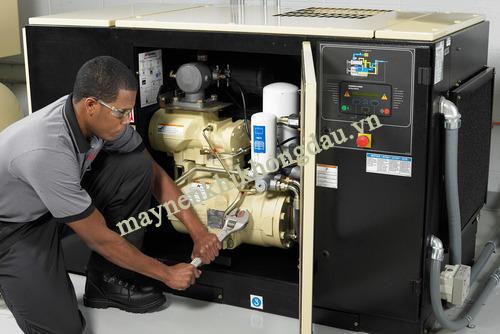 Bảo dưỡng máy nén khí thường xuyên để phát hiện và xử lý máy nén khí bị xì hơi nhanh chóng